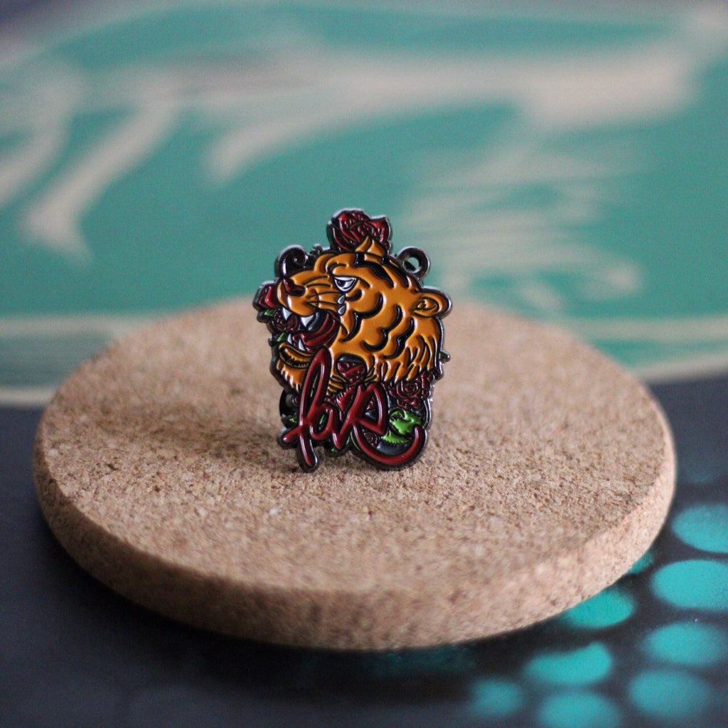 Love Tiger Pin