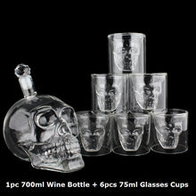 Load image into Gallery viewer, Crystal Skull Decanter & Glass Set 700ml