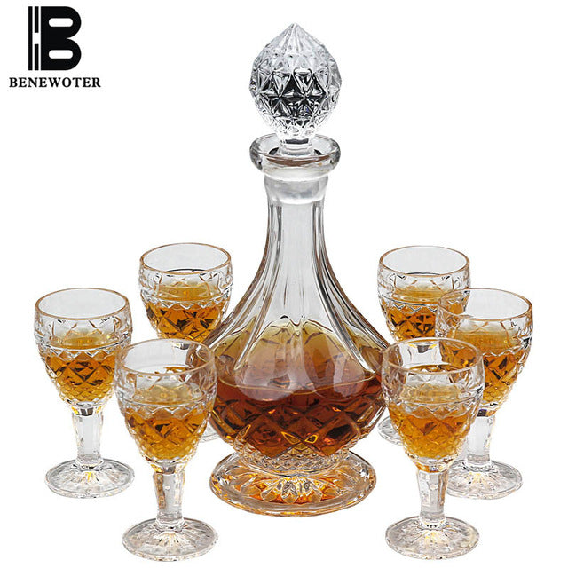 6 Piece Whiskey Decanter & Glass Set