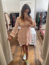Laden Sie das Bild in den Galerie-Viewer, Kleid Peach Dream