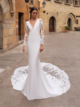 Load image into Gallery viewer, Aubrite Plus - Pronovias