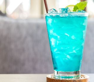 Blue Lightning Spiked Lemonade (Quart - Serves 4)