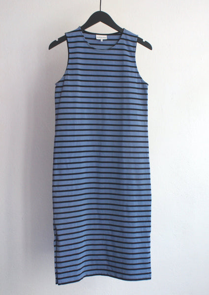 <strong>GANNI</strong> THICK JERSEY MIDI DRESS SIZE M