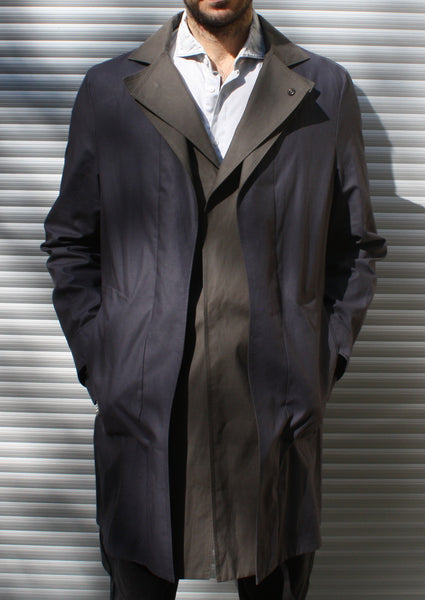 <strong>ARMANI</strong> TWO-TONE COAT SIZE XL