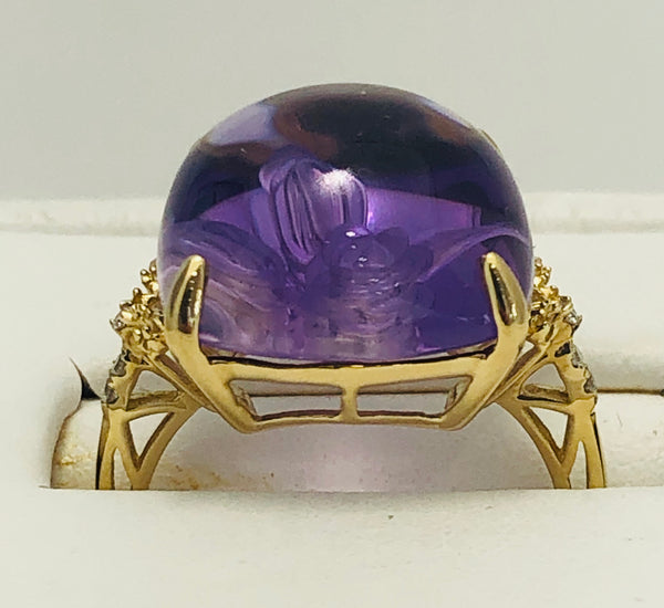 14 Kt. Yellow Gold Amethyst and Diamond Gem Stone Ring