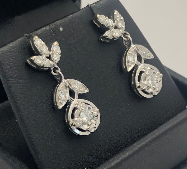14Kt. White Gold Diamond Fashion Earrings