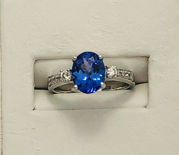 14Kt. White Gold Tanzanite and Diamond Ring