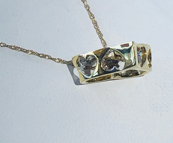 14 Kt. Yellow Gold Diamond Hart Pendant