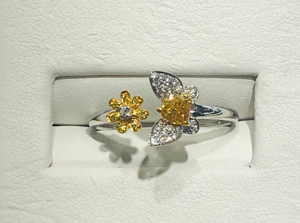 18Kt. Yellow Gold Natural Yellow and White Diamond Ring