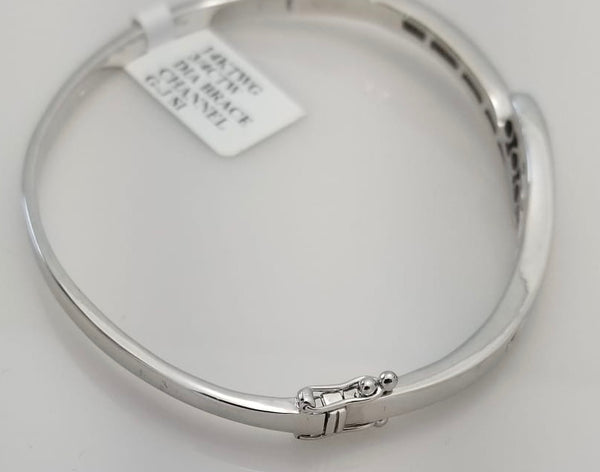 14Kt. White Gold Diamond bangle bracelet