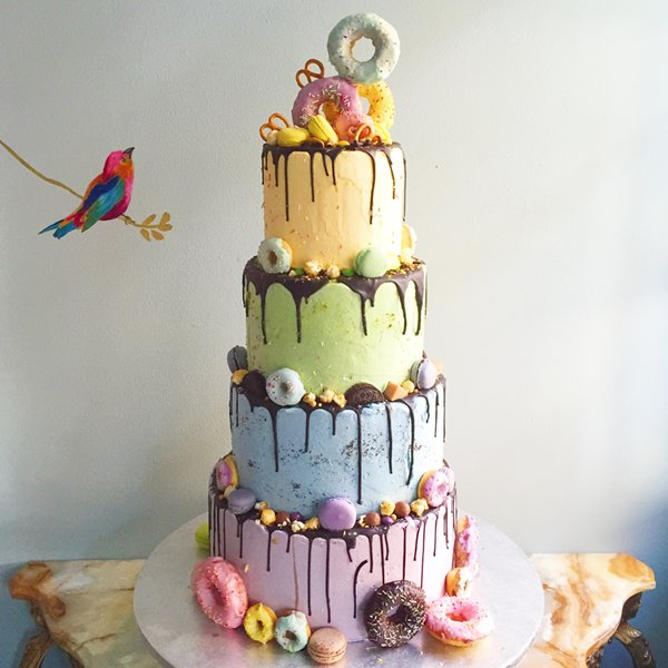 Fun Wedding Cake Ideas: How To Design A Bespoke Wedding Cake