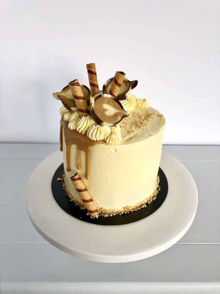 Sassy Coffee And Walnut Birthday Cake Anges De Sucre
