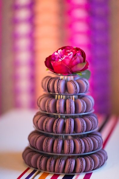 Macaron towers UK for weddings and events. Image: Anneli Marinovich
