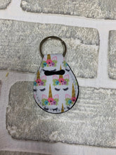 Load image into Gallery viewer, White unicorn Quarter holder keychain blanks
