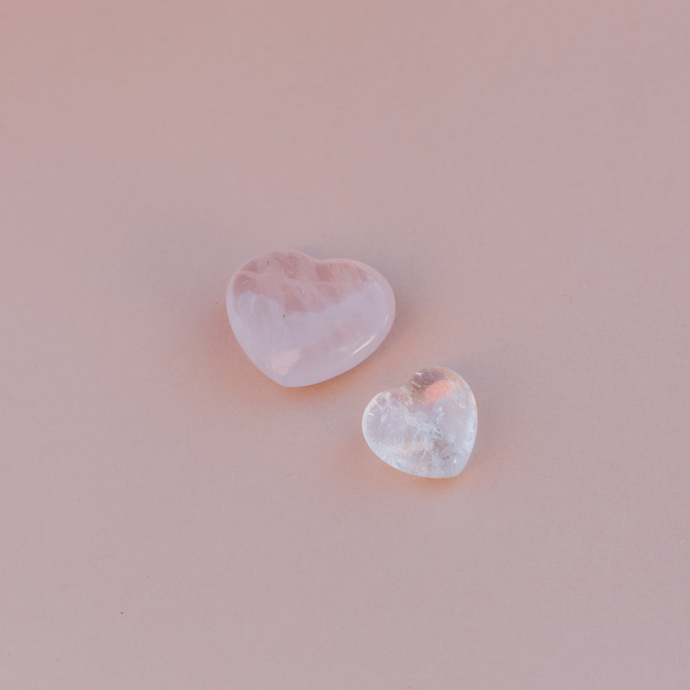Load image into Gallery viewer, Quartz Heart Stones