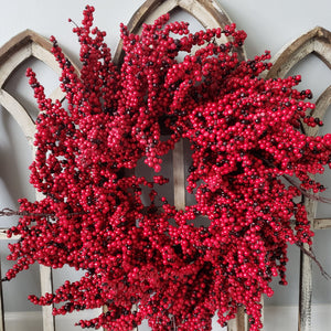 Red Berry Holiday Wreath