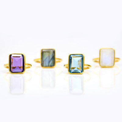 Green Onyx Rectangle Ring - May Birthstone