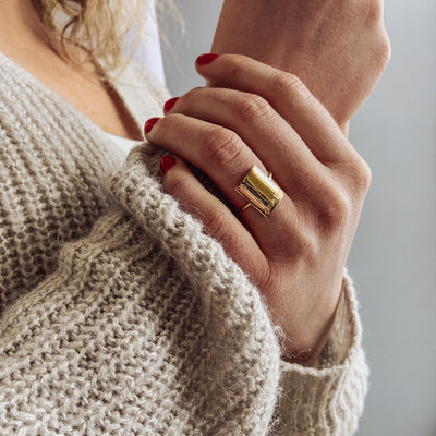 Personalized Rectangle Statement Ring, Minimalist Engraved ring
