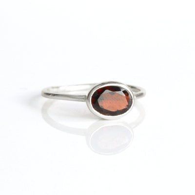 Small Oval Garnet Ring : January Birthstone