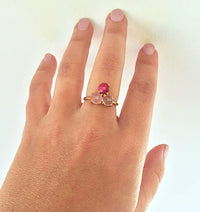 Personalized Mother's Ring with Three Birthstones - Pyramid Design