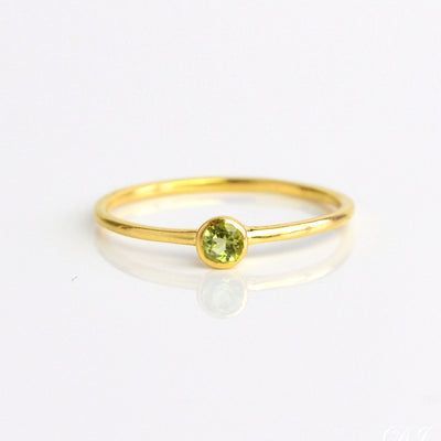 Dainty Stacking Peridot Ring : August Birthstone