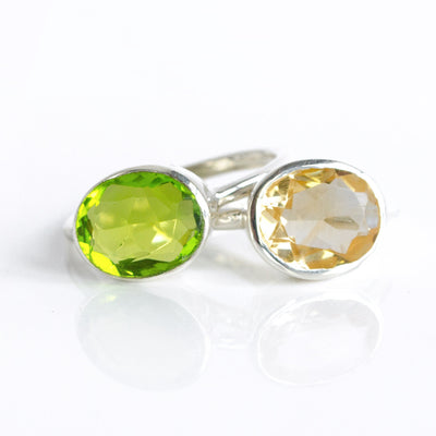 Set of Two Oval Rings : Citrine and Peridot