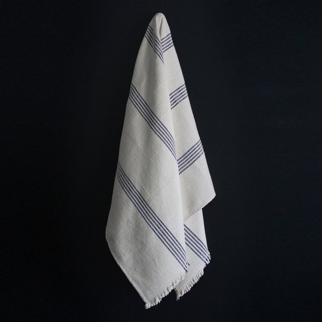BLUE STRIPE POYVI THROW BLANKET