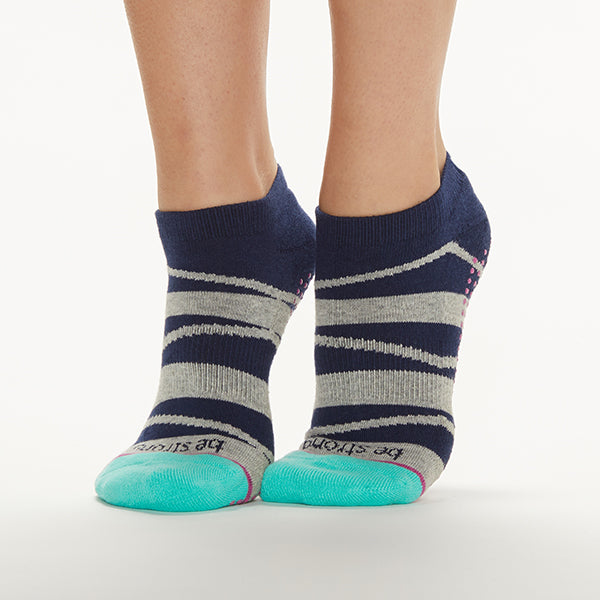 Be Strong Grip Socks