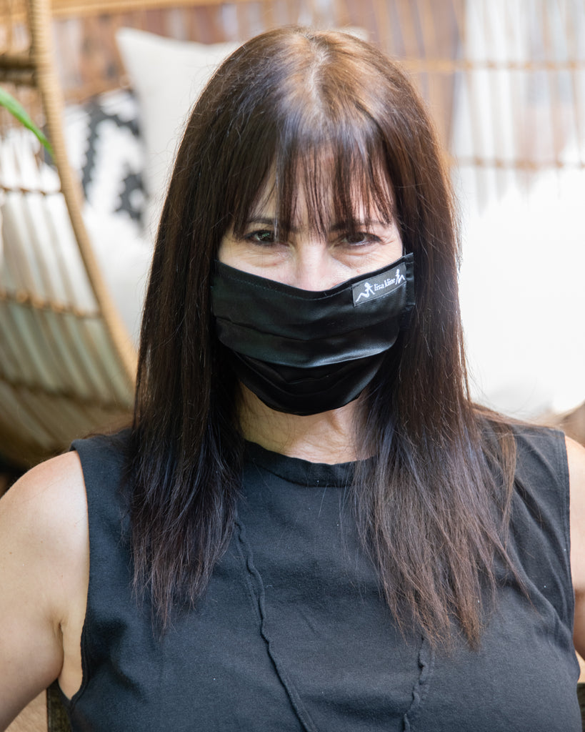 Satin Mask in Black