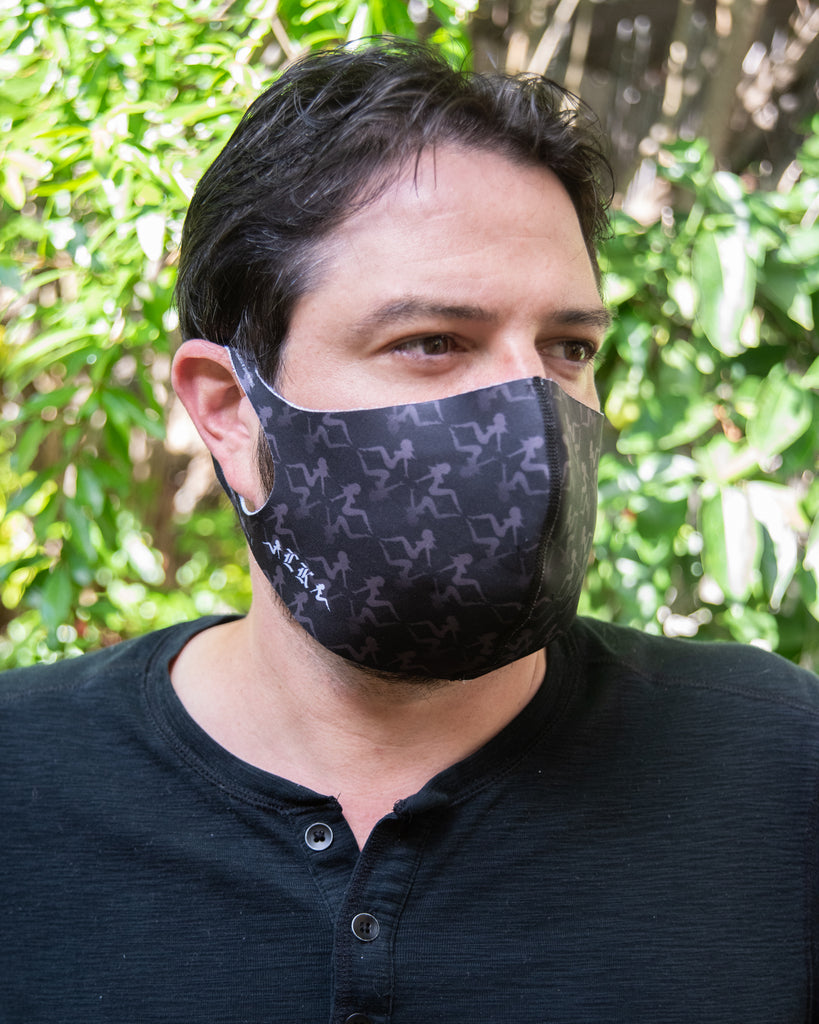 LK Repeat Pattern Black Logo Mask