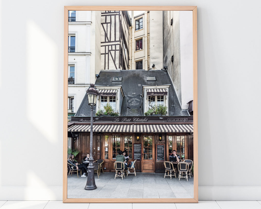 LINDSEY FOARD // Le Petit Chatelet Photo // Travel Photography