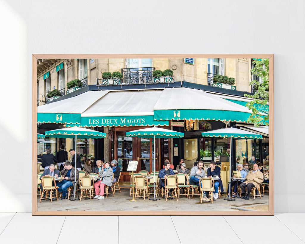 LINDSEY FOARD // Les Deux Magots Photo // Travel Photography