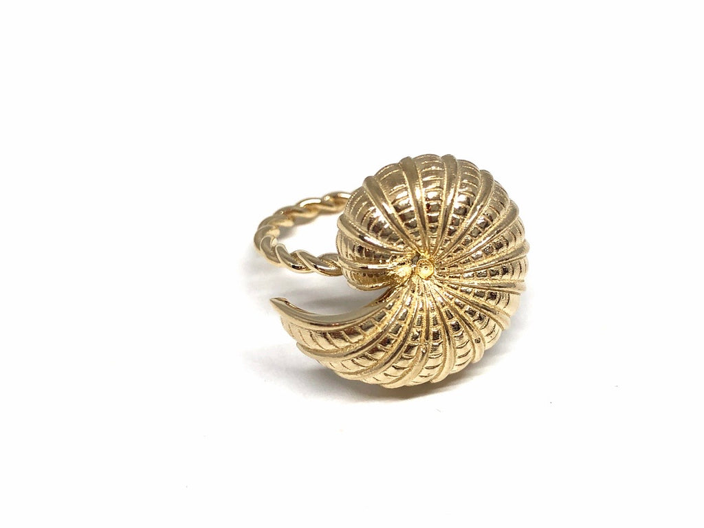 14k Gold Snail Shell Ring with Twisted Band