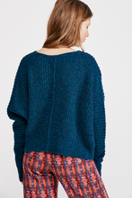 Load image into Gallery viewer, Free People MOONBEAM V NECK SWEATER