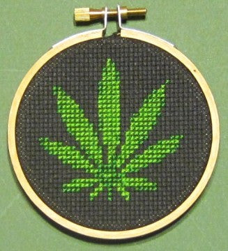 Pot Leaf Threezle - Cross Stitch Pattern Chart