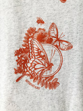 Load image into Gallery viewer, Women's Butterfly Design Crew Neck Tee