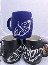 Load image into Gallery viewer, Etched Butterfly Mug