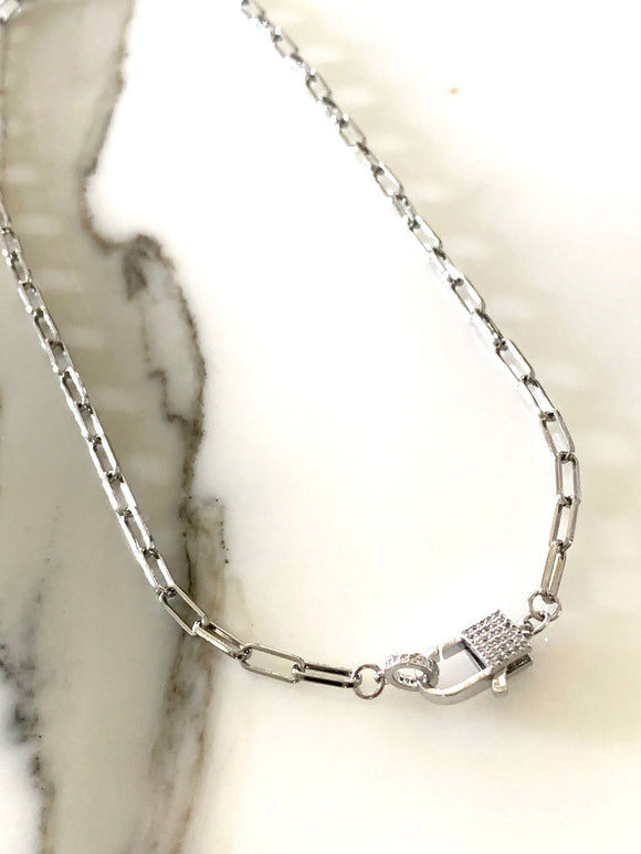 Silver Tone Necklace