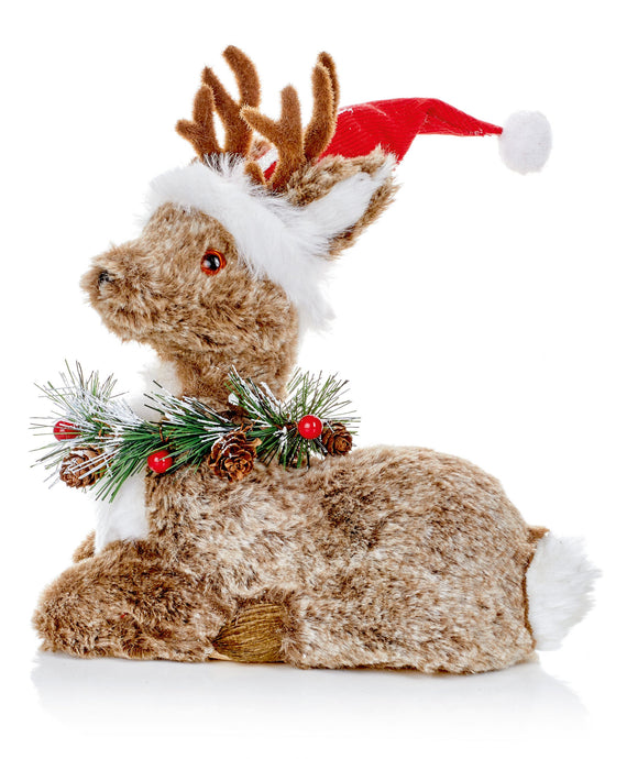 24 x 21cm Natural Sitting Deer With Hat | AC205874