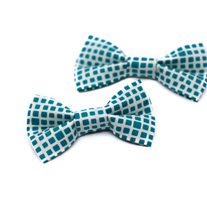 Teal Squared Bowtie for Puppy Dogs and Kitty Cats