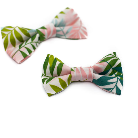 Palm Leaf Bowtie for Puppy Dogs and Kitty Cats