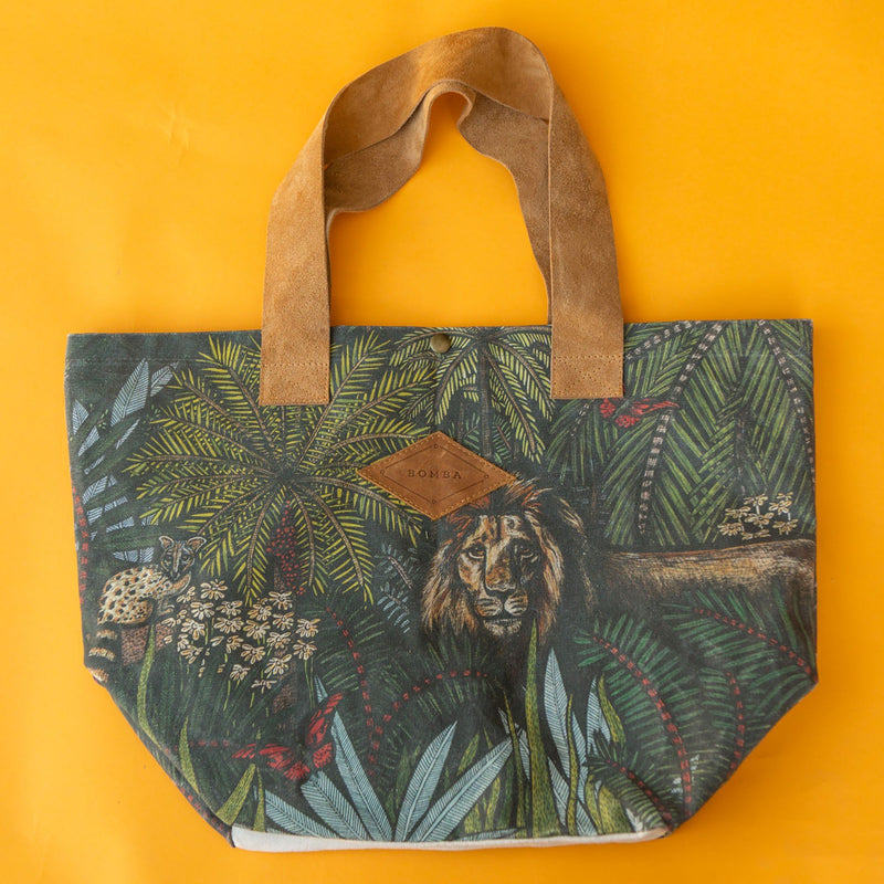 Bomba India KL Bag clothing & accessories Bomba Lion Print