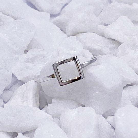 Charmz Sterling Silver Minimalist Square Ring clothing & accessories Charmz