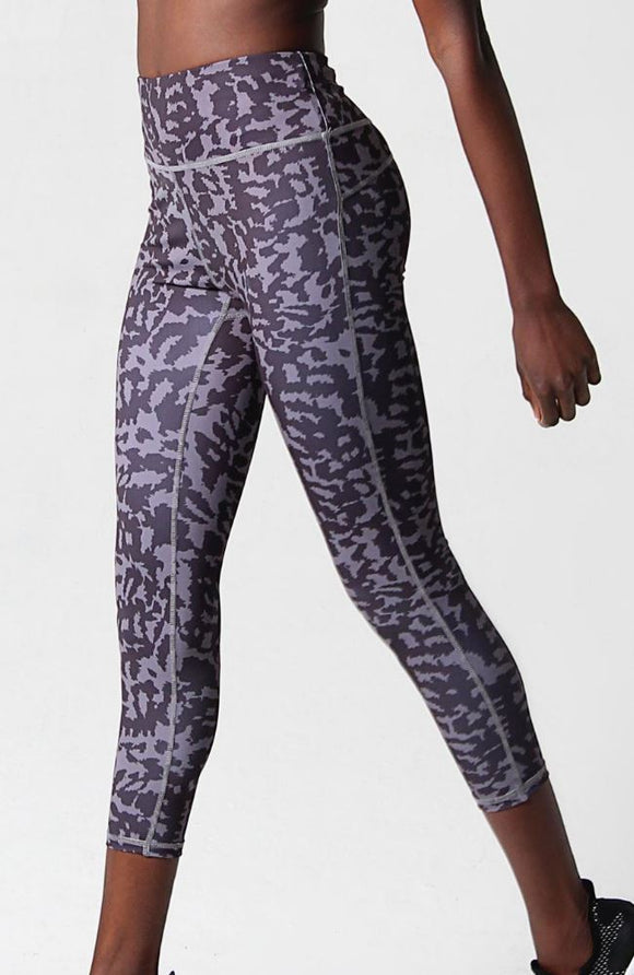 Lara Fay ActiveWear Camo Instinct Power High Waisted Legging 7/8 clothing & accessories Lara Fay
