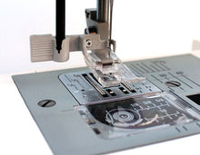 Load image into Gallery viewer, JANOME HD5000 SEWING MACHINE