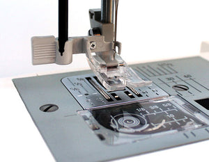 JANOME HD5000 SEWING MACHINE