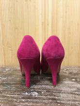 Load image into Gallery viewer, Bettye Muller Suede Pumps (8)