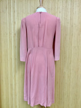 Load image into Gallery viewer, Mauve Midi Dress (L)