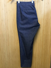 Load image into Gallery viewer, Banana Republic Stretch Chambray Pants (L)