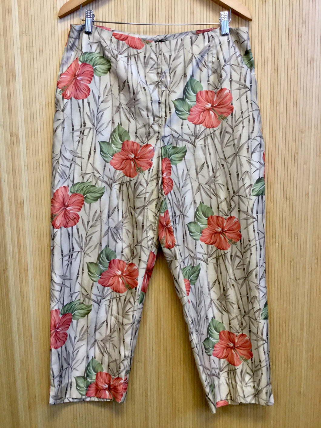 Requirements Tropical Print Ankle Pant (L)